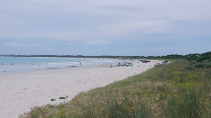 Robe Beach - see the cars along the beach!